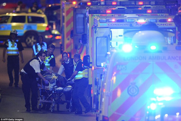 Police say 6 victims, 3 suspects killed in London assaults
