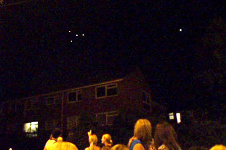UFO sightings bring town to a standstill