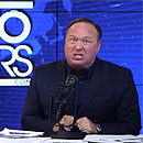Photo: Twitter Permanently Bans Alex Jones and InfoWars Accounts