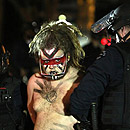 Photo: More than 200 arrested in Occupy LA